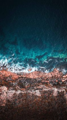 9 Best Ocean iPhone XS Wallpapers - best blue sea water backgrounds for your inspiration - awesome nature, sun, the beach Handy Wallpaper, Ocean Wallpaper, Nature Wallpaper, Of Wallpaper, Wallpaper Backgrounds, Scenery Wallpaper, Vintage Backgrounds, Landscape Wallpaper, Cellphone Wallpaper