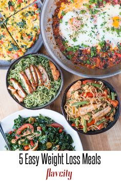 5 meal prep recipes for weight loss using the same 5 ingredients. Diet Soup Recipes, Healthy Meal Prep, Healthy Foods To Eat, Healthy Dinner Recipes, Cake Recipes, Healthy Eating, Keto Meal, Ketogenic Recipes, Healthy Dinners