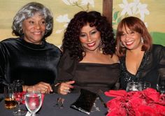 Chaka Khan && her mother && daughter (left) pose'n!