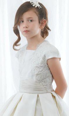 Peinados para la primera Comunión ~ Moda y belleza, vestidos imagenes