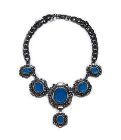 Love the blue accent - zara Blue Necklace, Stone Necklace, Beaded Necklace, Arty Fashion, Fall Fashion, Fashion Ideas, Vintage Turquoise, Blue Accents, Opal Jewelry