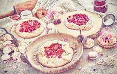 Fruit tarts and meringues. by maciejbledowski