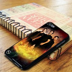 Supernatural 2 iPod 5 Touch Case