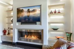 Best Traditional and Modern Fireplace Design Ideas Photos & Pictures Simple is the new bold. See elegant contemporary gas fireplaces installed in modern homes. Contemporary Gas Fireplace, Linear Fireplace, Home Fireplace, Fireplace Remodel, Living Room With Fireplace, Fireplace Surrounds, Fireplace Design, Gas Fireplaces, Modern Fireplaces