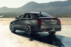 Cadillac CTS-V 2015 rear