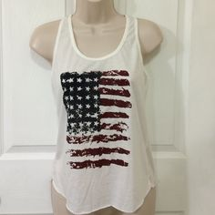 American Flag tank top Cute American Flag tank. Tag says Small but fits like a XS/S Tops Tank Tops