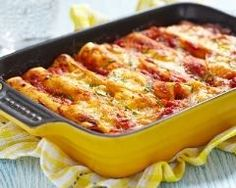 Welcome to my frugal family meals: minced pork cannelloni recipe. So just because this month is all about the budget family meals doesn't mean that you have to… Slow Cooker Recipes, Crockpot Recipes, Chicken Recipes, Cooking Recipes, Penne Recipes, Beef Cannelloni Recipes, Italian Recipes, Mexican Food Recipes, Beef Enchiladas