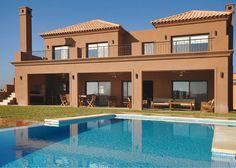 Arquinova Casas - Fredi Llosa - Casa estilo actual / Arquitectos - PortaldeArquitectos.com