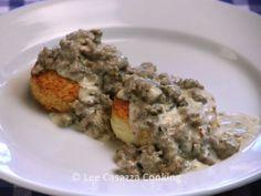 Izetta's Southern Cooking: BUTTERMILK BISCUITS & SAUSAGE GRAVY