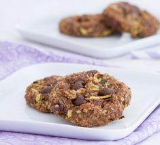 Recette de quinoa sucrée : cookies au quinoa avec des flocons 'avoine et du cacao pour les personnes sensibles au gluten.