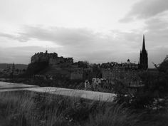 Edinburgh castle from the National Museum's terrace..beautiful view, really cold!