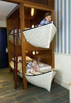 Boot-Bett #Doppelstockbett #Hochbett #Kinderzimmer- das schaut doch super aus!!!