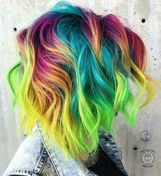 The Neon Hair Trend is wild, but we love it - Latest for Der Neon Hair Trend ist wild, aber wir lieben es – Neueste frisuren Short Curly Hairstyles For Women, Curly Hair Styles, Cool Hairstyles, Hairstyles 2018, Latest Hairstyles, Vivid Hair Color, Cool Hair Color, Pelo Multicolor, Color Fantasia