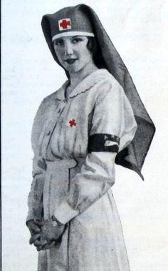 lhj-1917-sept-p-5-red-arc-armband-500.jpg (310×500)