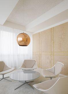 Agentur Bruce B., Stuttgart. Ein Projekt von Ippolito Fleitz Group – Identity Architects, Sitzmöbel.