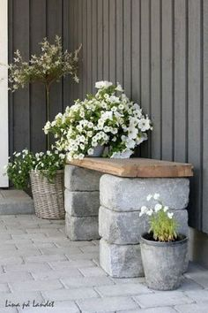 Gorgeous and Pretty Front Yard and Backyard Garden and Landscaping Ideas (04)