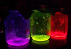 Glowing Mason Jars | AllFreeHolidayCrafts.com