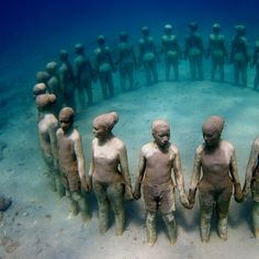 Here are 79 unique and awesome underwater sculptures, environmental art in an underwater sculpture park, to encourage the natural ecological process.