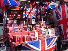 Souvenir shop - All things British! Royal Throne, British Things, British English, Food Art, Scotland, England, London, American, Royals