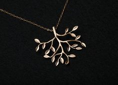 Family Tree Necklace from Etsy