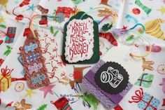 Biglietti di Auguri a forma di Tag con Gingerbradman, Scritta di Auguri e Macchina Fotografica (Dimensioni: 5.8x10 cm)  http://it.dawanda.com/product/68595223-3-Biglietti-Tag-per-regali-di-Natale