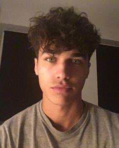 Maleek Khalid Samadi 18 Moroccan  🇲🇦 senior at Basha High School in Chandler, Arizona soccer player