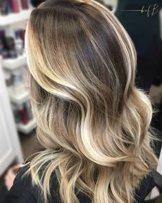 """4,924 curtidas, 59 comentários - The Business of Balayage™ (@thebusinessofbalayage) no Instagram: """"Epic Dimension created by @bofbeducator @the_blondologist {We met Ashley (the blondologist) last…"""""""