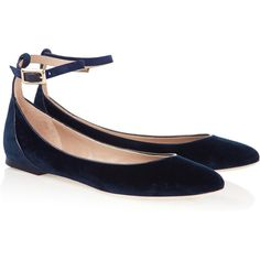 Chloé Velvet ballet flats ($575) ❤ liked on Polyvore featuring shoes, flats, scarpe, strappy ballet flats, ankle strap shoes, navy flats, ballet shoes and flat shoes