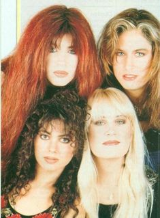 30 Fascinating Photos of The Bangles in All Their Glory ~ vintage everyday Susanna Hoffs, The Bangles Band, Michael Steele, Music X, Women Of Rock, Cult, Pop Rock Bands, Girl Bands, Pop Rocks