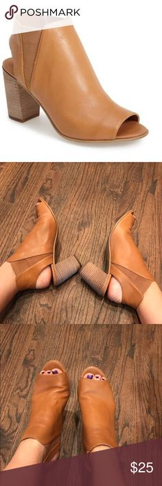 Steve Madden Nobel tan heels. Women's 10 Soft leather tan heels. Steve Madden Nobel size 10. Smoke free home Steve Madden Shoes Heels