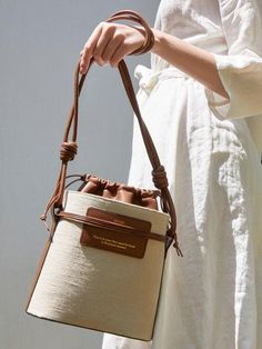 Canvas Leather, Leather Bag, Cow Leather, My Bags, Purses And Bags, Mocca, Fabric Bags, Beautiful Bags, Canvas Tote Bags