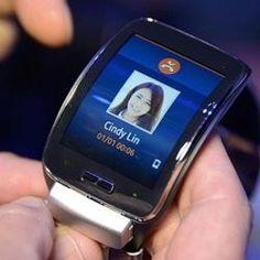 Samsung esnek ekran teknolojisini iyileştirmek için 4 milyar dolar harcayacak - http://www.tnoz.com/samsung-esnek-ekran-teknolojisini-iyilestirmek-icin-4-milyar-dolar-harcayacak-55198/