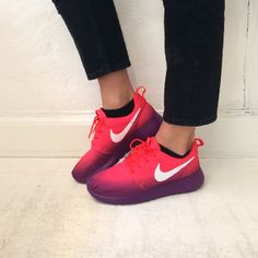 Nike roshe run women's shoes.