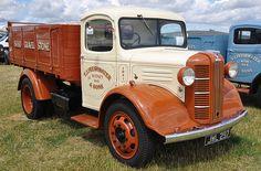 1941 Austin 301 JWL 297 - West Oxon Steam & Vintage Show 2015 | by Rob Lovesey Vintage Trucks, Old Trucks, Austin Cars, Old Lorries, Old Commercials, Train Car, Commercial Vehicle, Classic Trucks, Old Cars