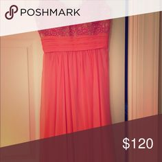 Prom/ formal wear Beautiful coral dress Cache Dresses Prom