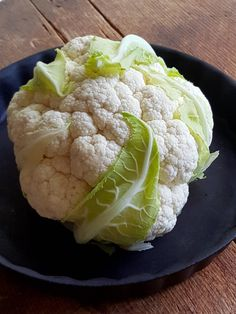 Cauliflower ready-reckoner – yep, everything you need to know is here. Heaps of ideas, tips on buying, cooking and storing & delicious recipes. Cauliflower Cheese, Cauliflower Salad, Roasted Cauliflower, Spicy Peanut Sauce, Fennel Seeds, Fish Sauce, Smoked Paprika, Pork Belly, Coriander
