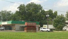 Finally I enter a town haha, it's Pawhuska and I stopped to get gas there.