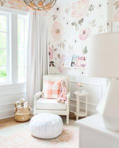 Baby Girl's Nursery. Floral wallpaper. Monika Hibbs Home. @monikahibbs