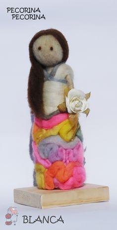 Escultura en Fieltro Agujado a Pedido. www.pecorinapecorina@gmail.com