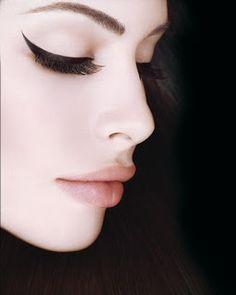 pretty cat eyeliner