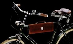 The VELO1, a Functional Leather Briefcase
