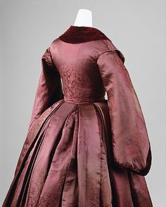 Gorgeous silk Brocade Dress, English, c. 1850