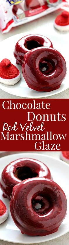 Baked Chocolate Donuts with Red Velvet Marshmallow Glaze easy yet festive treat for the chocolate and red velvet lovers! The post Baked Chocolate Donuts with Red Velvet Marshmallow Glaze appeared first on Daisy Dessert. Delicious Donuts, Delicious Desserts, Yummy Food, Healthy Donuts, Think Food, Love Food, Cupcakes, Cupcake Cakes, Donut Recipes