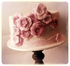 vintage style crochet flower's  - Cake by Time for Tiffin