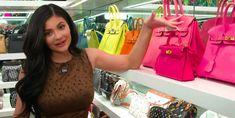 Kylie Jenner takes you inside her closet exclusively for handbags Fall Handbags, Handbags Online, Handbags On Sale, Fashion Handbags, Purses And Handbags, Leather Handbags, Kylie Jenner, Cheap Purses, Cute Purses