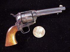 1873 Colt Single Action Army-SR