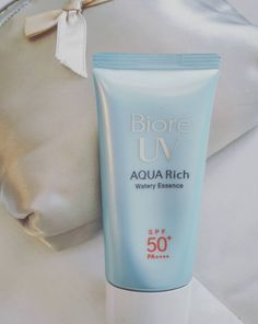 BIORE UV Aqua Rich Watery Essence - SPF50 | 17 Life-Changing Moisturizers That People With Oily Skin Swear By