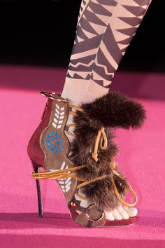 Dsquared² at Milan Fashion Week Fall 2015 - Details Runway Photos Hot Shoes, Crazy Shoes, Fall Accessories, Fashion Accessories, Valentino, Funny Shoes, Creative Shoes, Plastic Shoes, Fabric Shoes