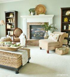Family room - Fall Decorating Ideas
