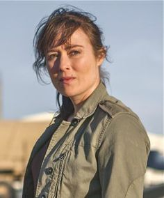 Jennifer Ehle in Zero Dark Thirty. Such a great character actress and beautiful too. Want to see her and Meryl Streep together in something. She remindse of Streep so much. Jennifer Ehle, Meryl Streep, Pride And Prejudice, Series Movies, Celebrity Crush, How To Memorize Things, Actresses, Dark, Celebrities